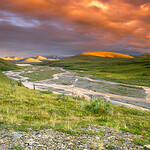 Canada, Yukon, Ivvavik NP, Spectacular storm clouds over the British Mountains from Joe Creek along the Firth River